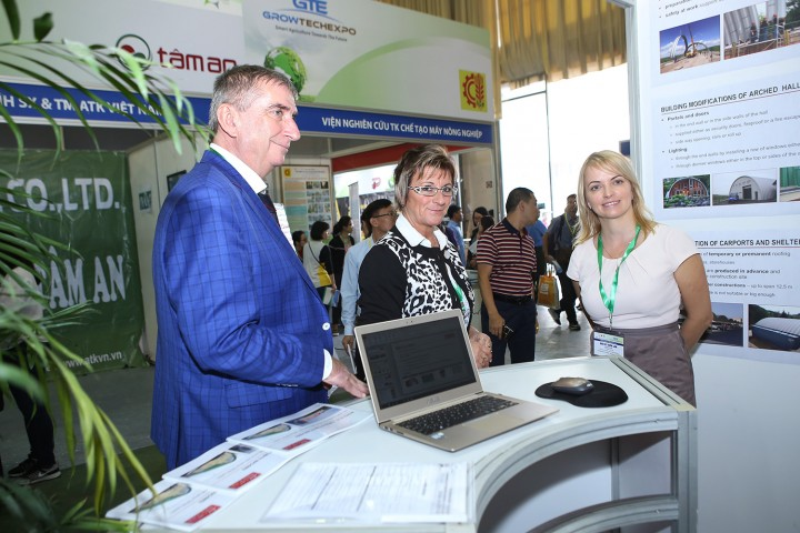 Int'l agro machine, technology expo opens in Vietnam